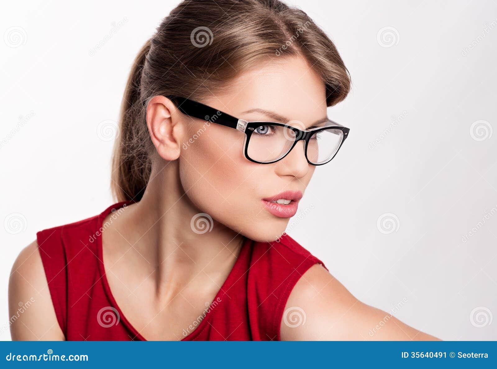 37062268f4 Mujer de la moda en lentes imagen de archivo. Imagen de marco - 35640491