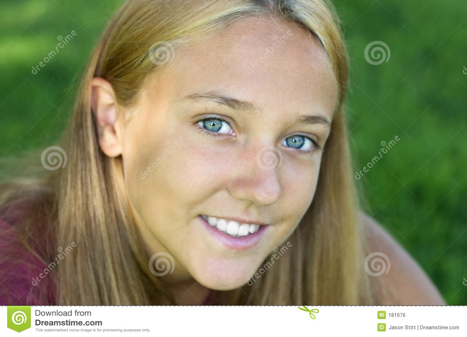 Mujer de la sonrisa