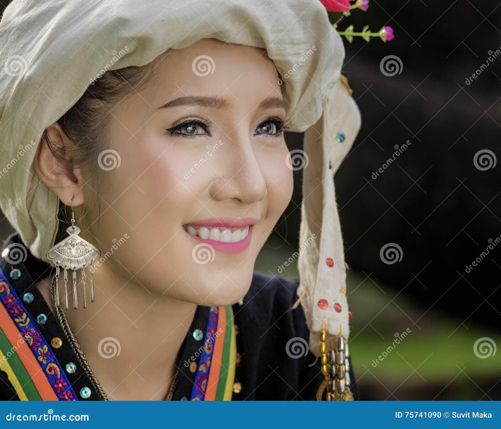 Mujer de Laos