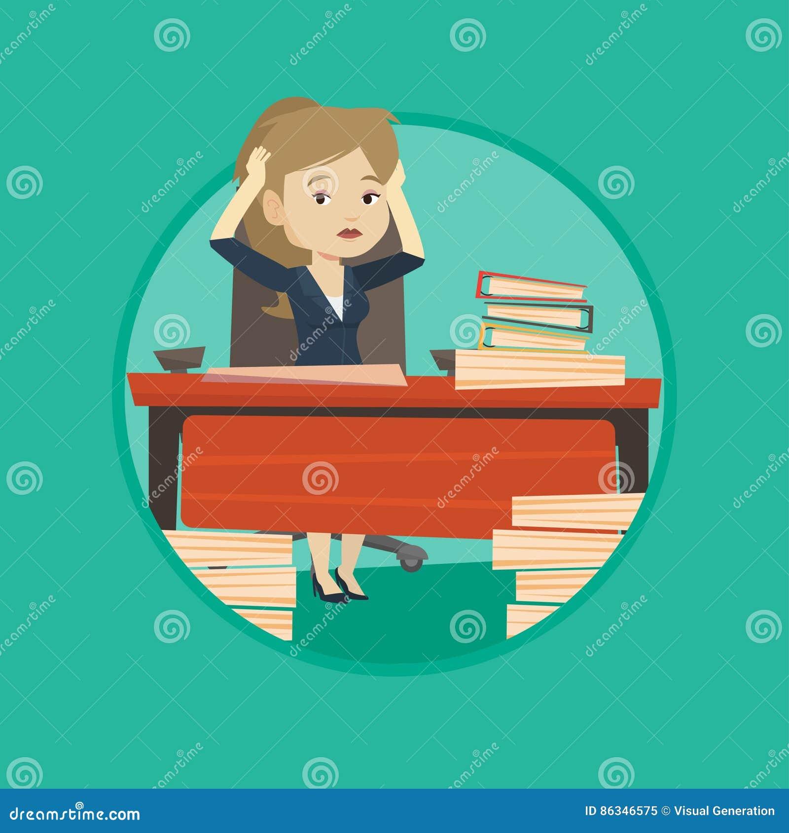 Mujer de negocios de la desesperación que trabaja en oficina