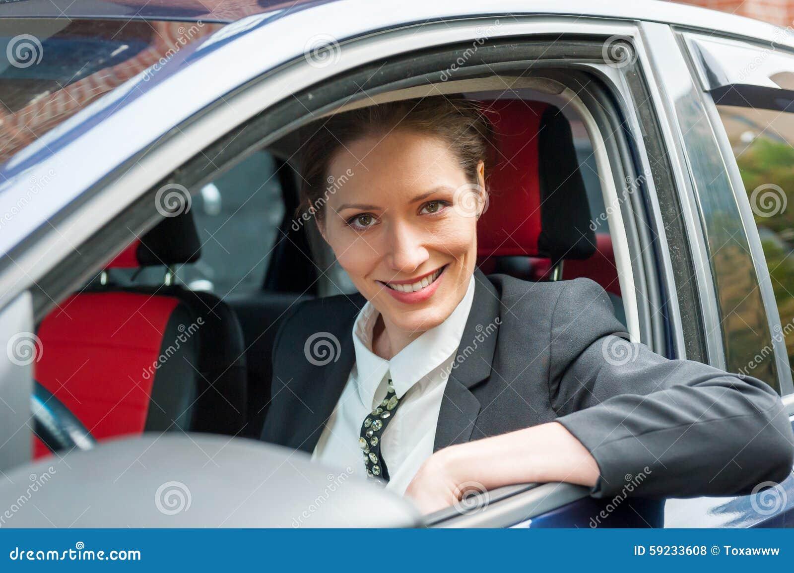 Download Mujer De Negocios En Un Coche Foto de archivo - Imagen de gente, sentada: 59233608
