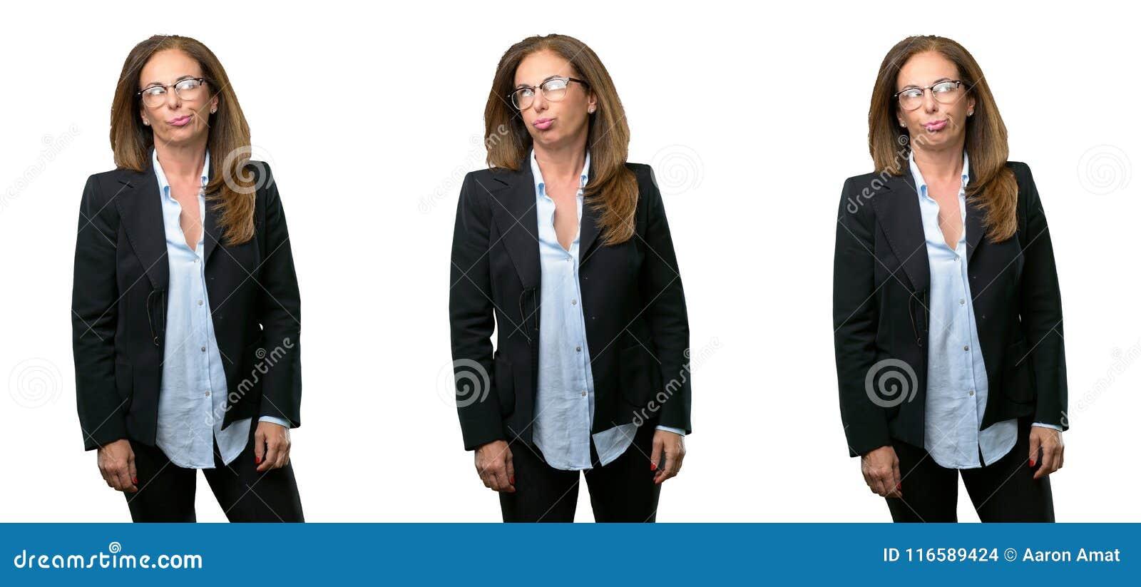 Mujer de negocios de la Edad Media con el pelo largo