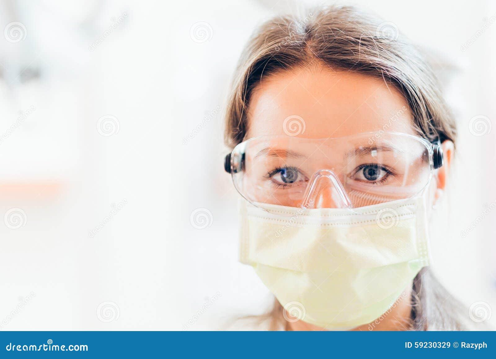 Download Mujer del dentista imagen de archivo. Imagen de chequeo - 59230329