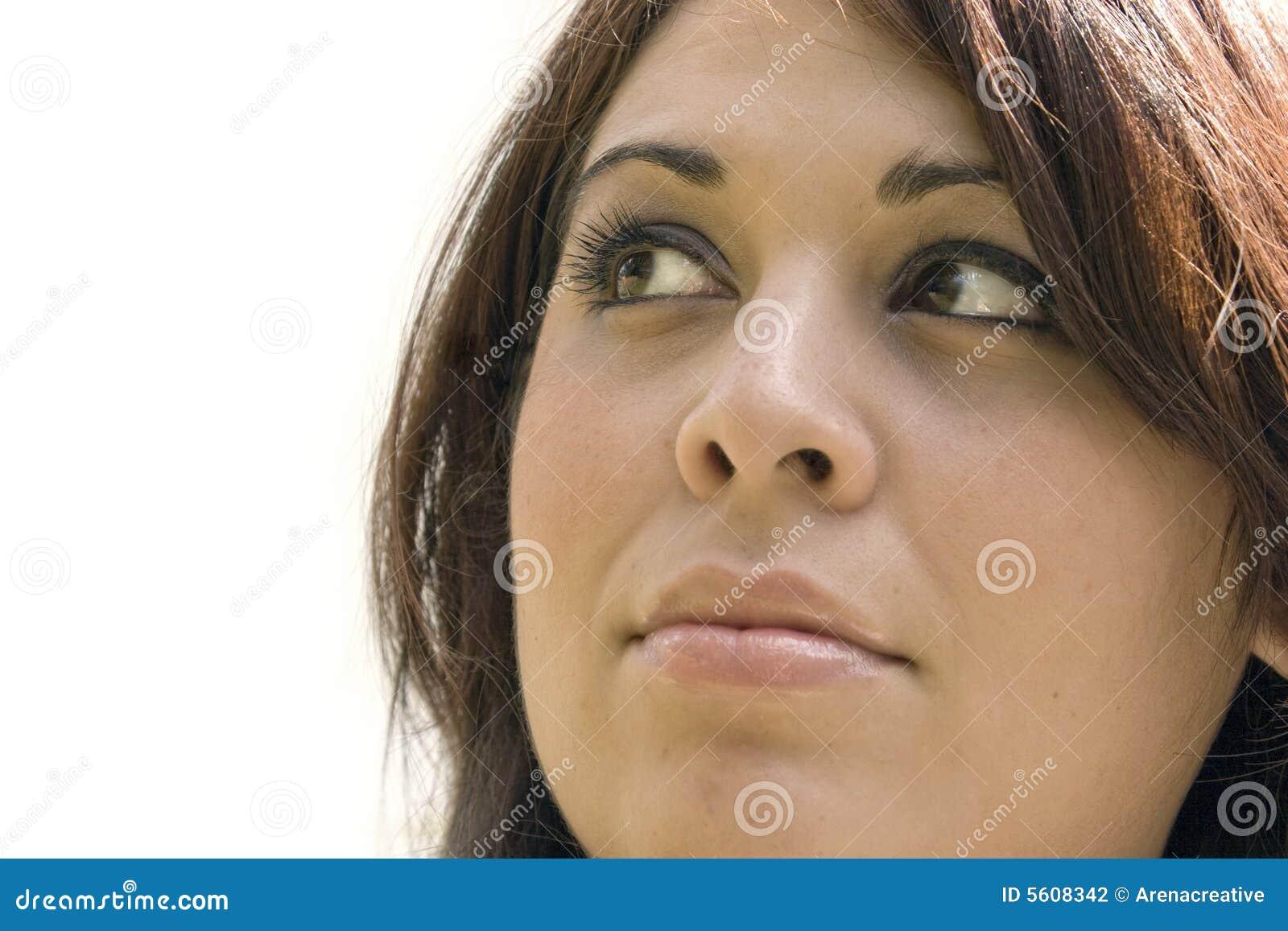 Mujer en pensamiento profundo