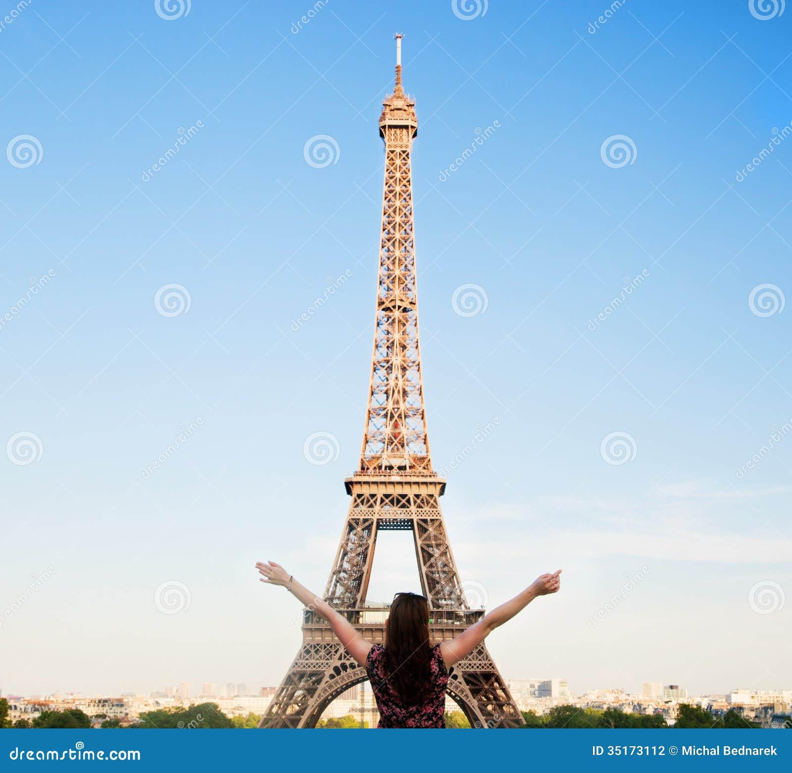 eiffel towering