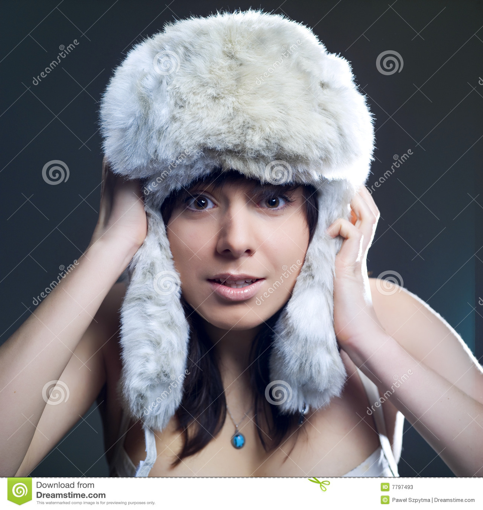 Mujer fría del invierno
