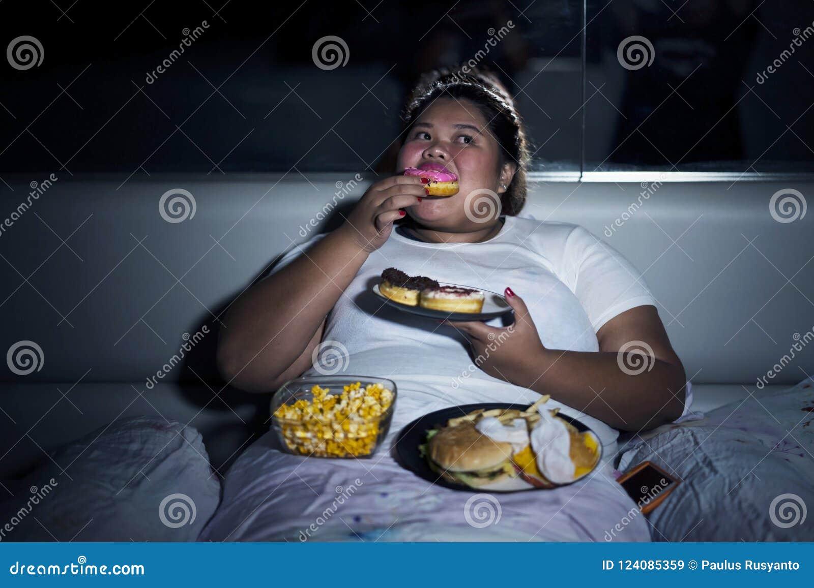 Gordas comiendo
