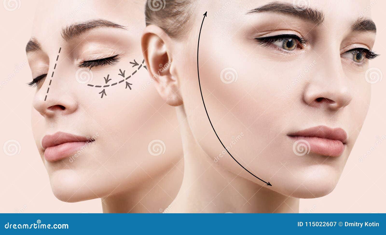Mujer hermosa con la flecha de elevación en cara