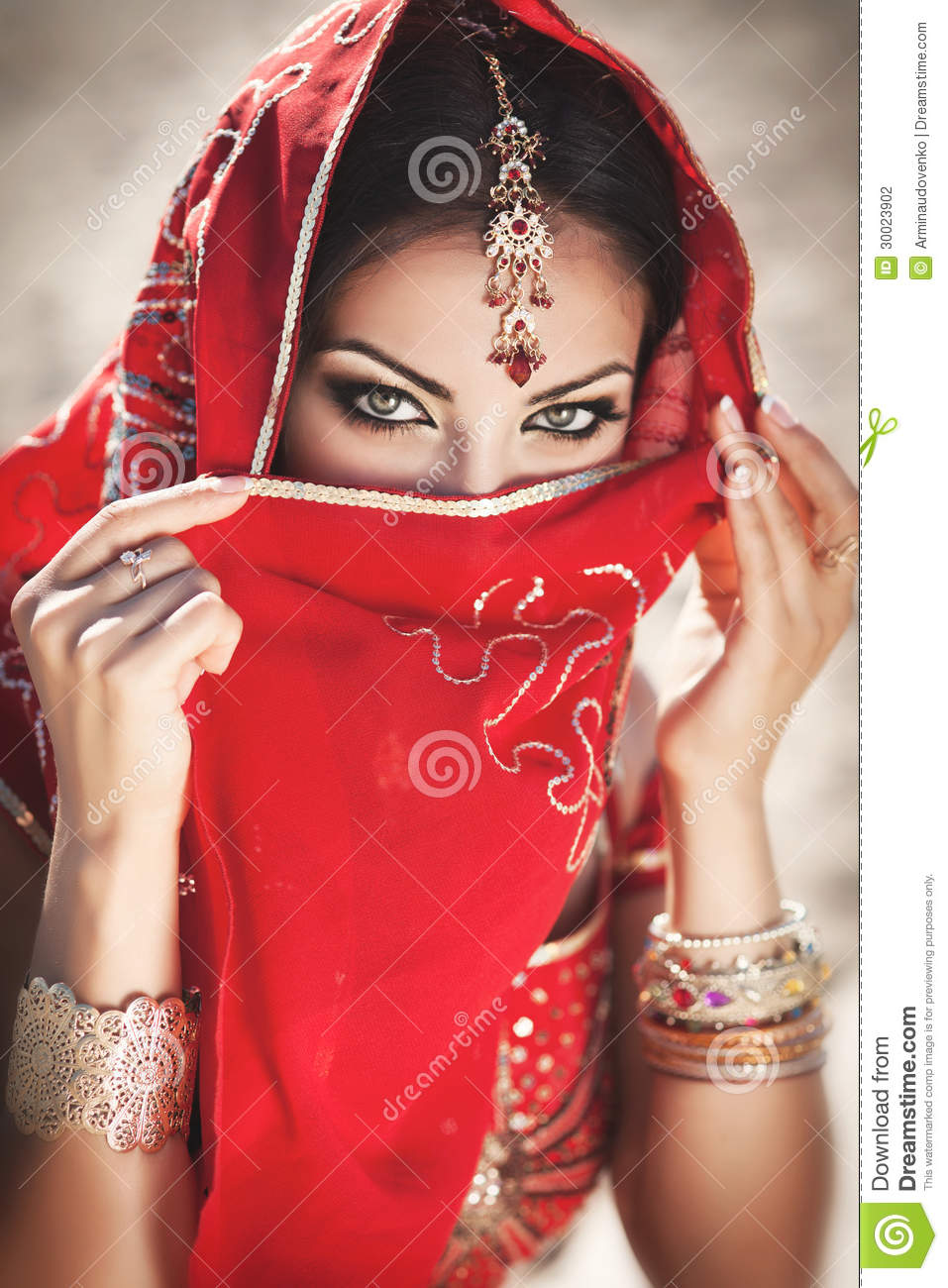 hindu single women in el indio If you're looking for free gay dating or gay chat in india why not tell all your lesbian and bi female friends that we run only women just for them.