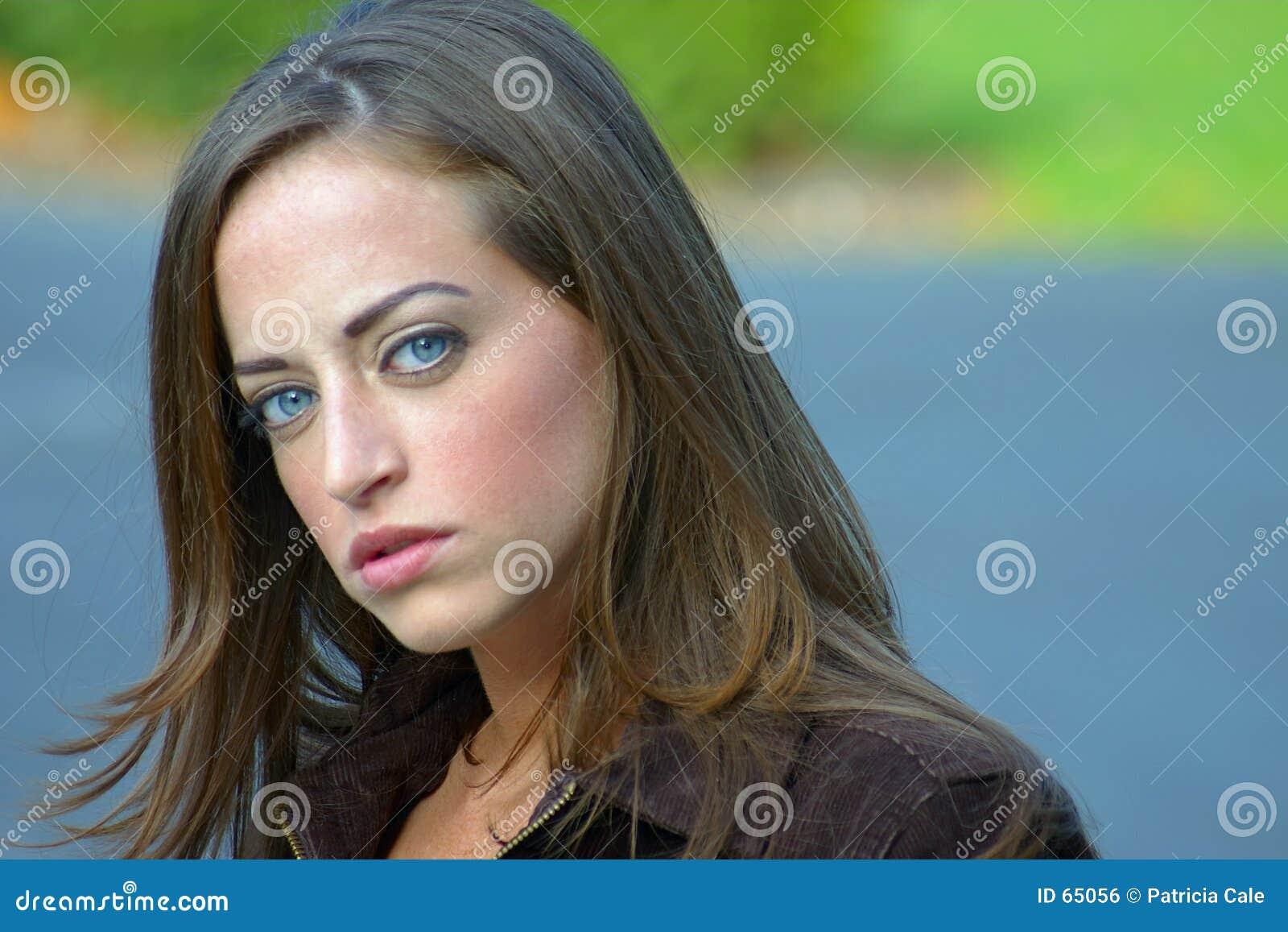 Mujer joven 12