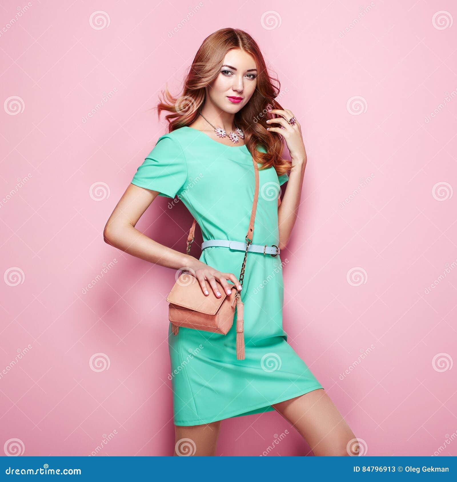 Lujo Marrón Y Verde Vestidos De Dama Ornamento - Colección de ...