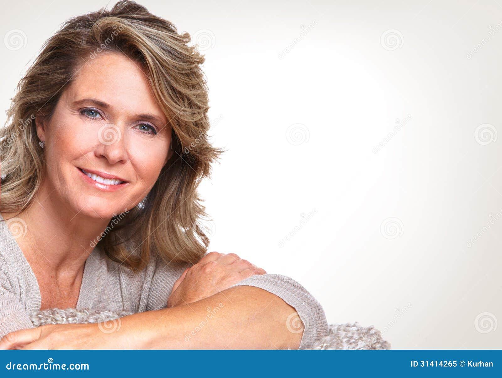 Mujer mayor feliz.
