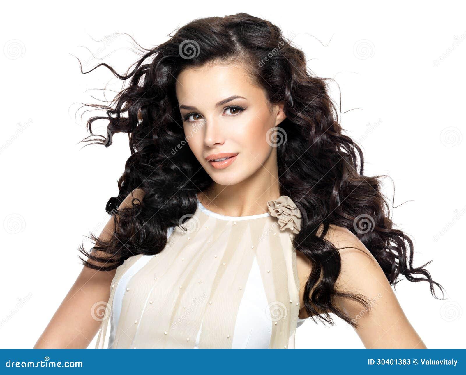 Mujer Morena Hermosa Con El Pelo Rizado Largo De La Belleza Imagen
