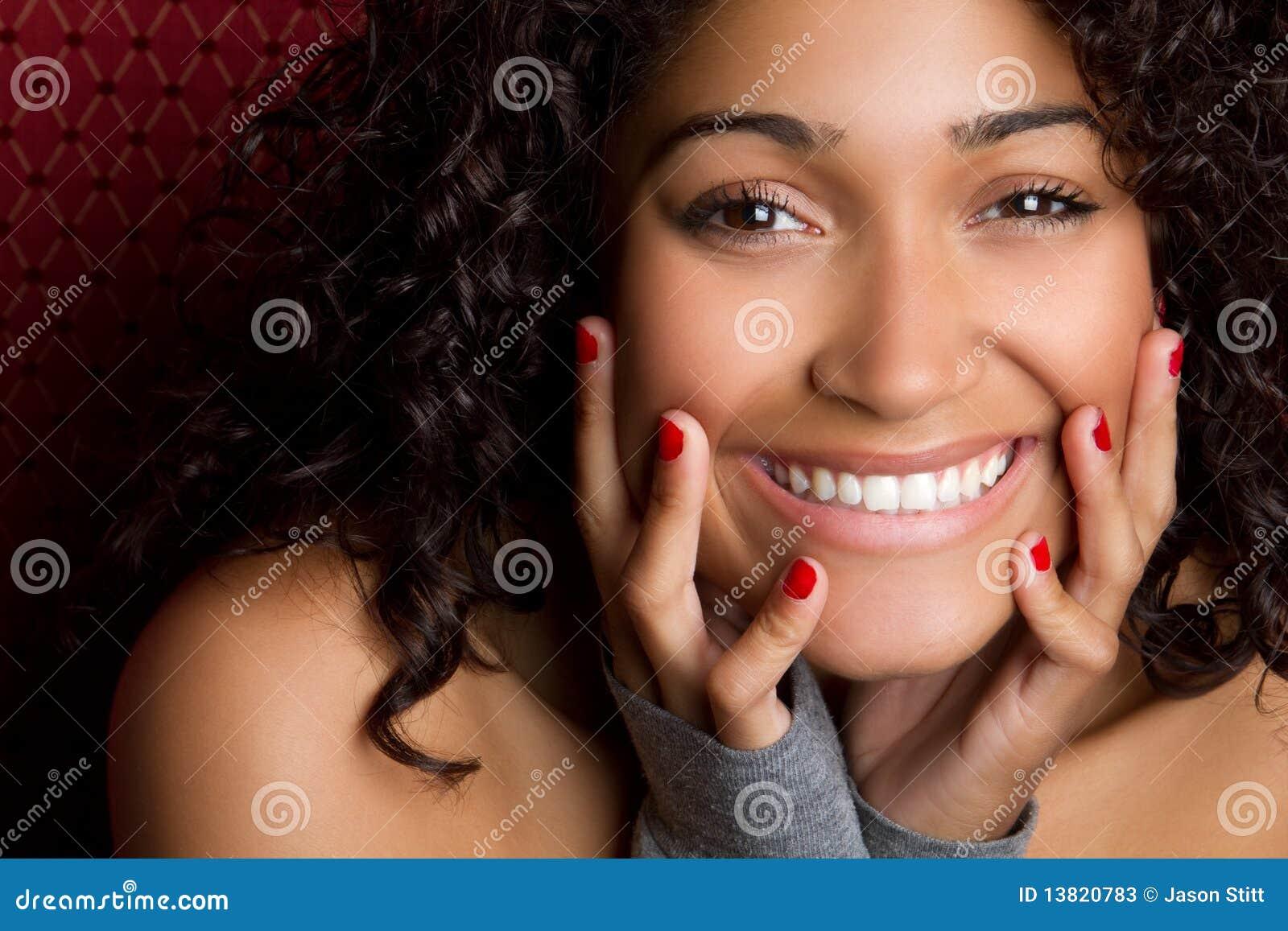 Mujer negra hermosa