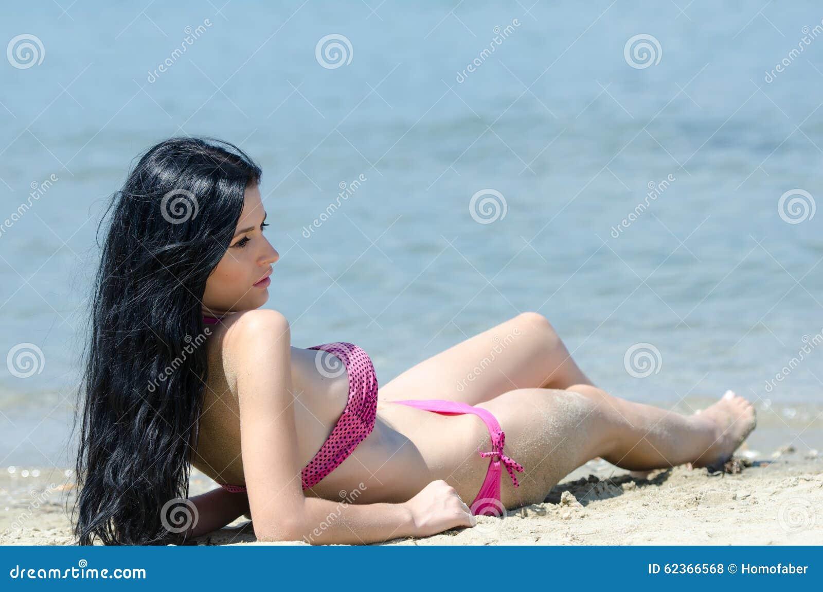 Pechugona en la playa 6