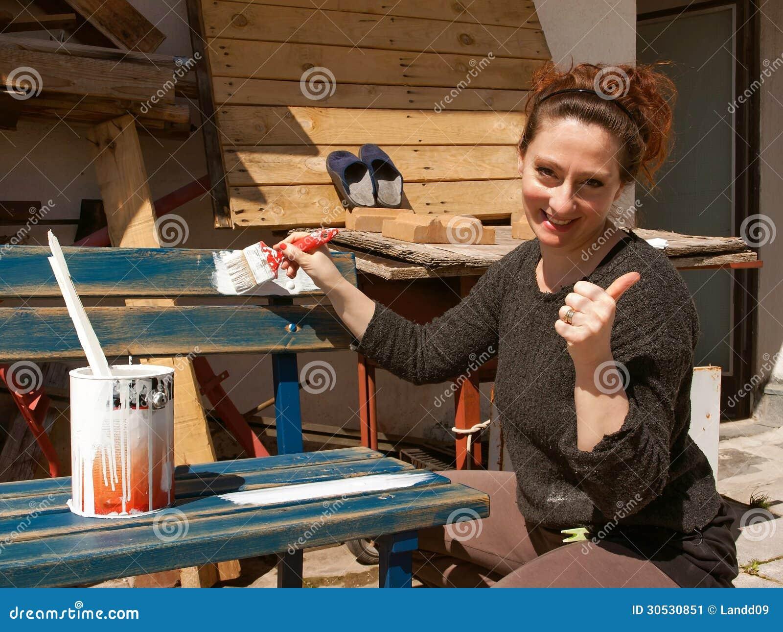 Mujer que pinta 1