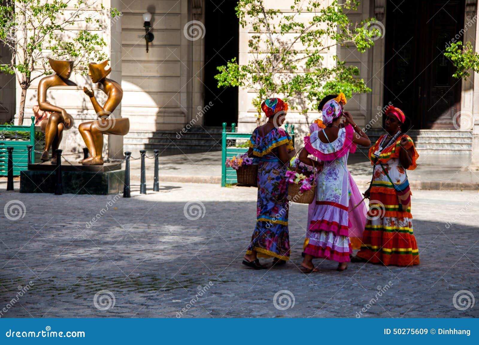 Vestidos mujeres cubanas