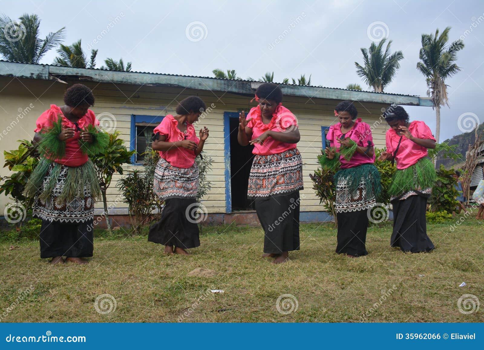Mujeres del baile del Fijian