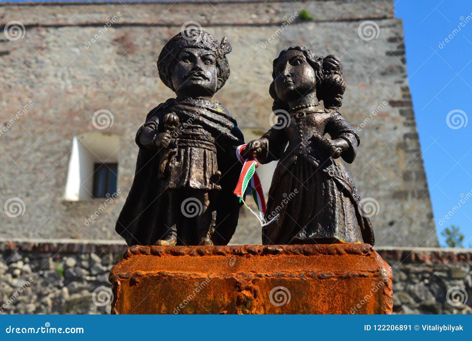 Mini-statue of Countess Ilona Zrini and Count Imre Tekeli in castle Palanok - Mukachevo, Ukraine o