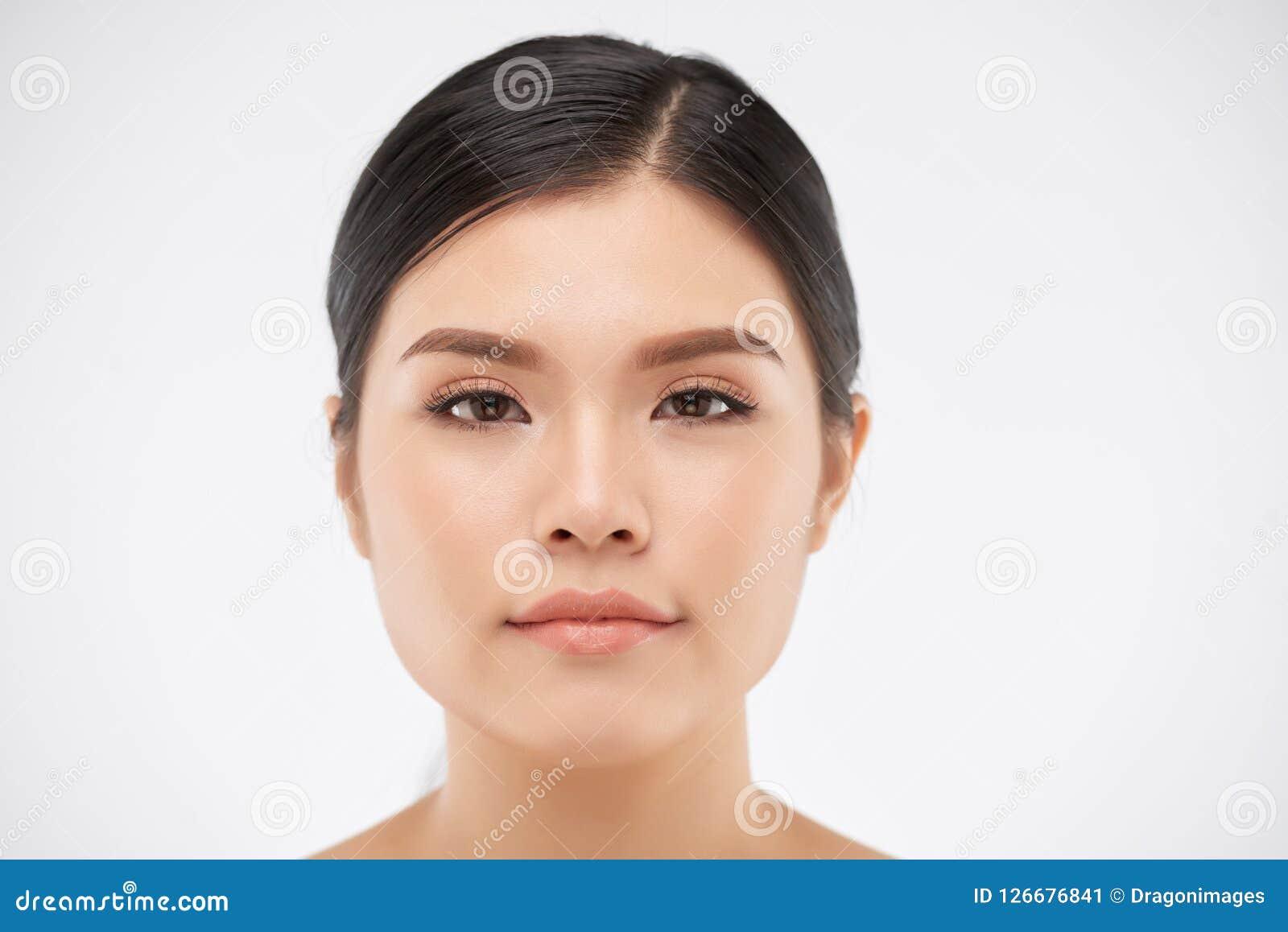 Mulher asiática bonita