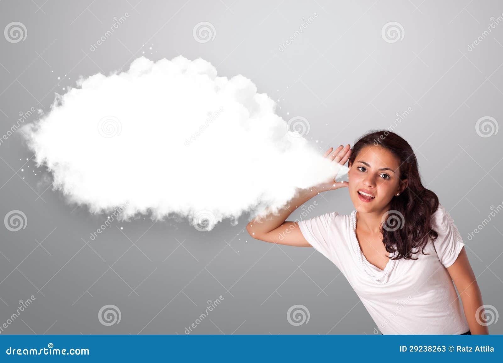 Download Mulher Bonita Que Gesticula Com Espaço Abstrato Da Cópia Da Nuvem Imagem de Stock - Imagem de gesticulation, feliz: 29238263