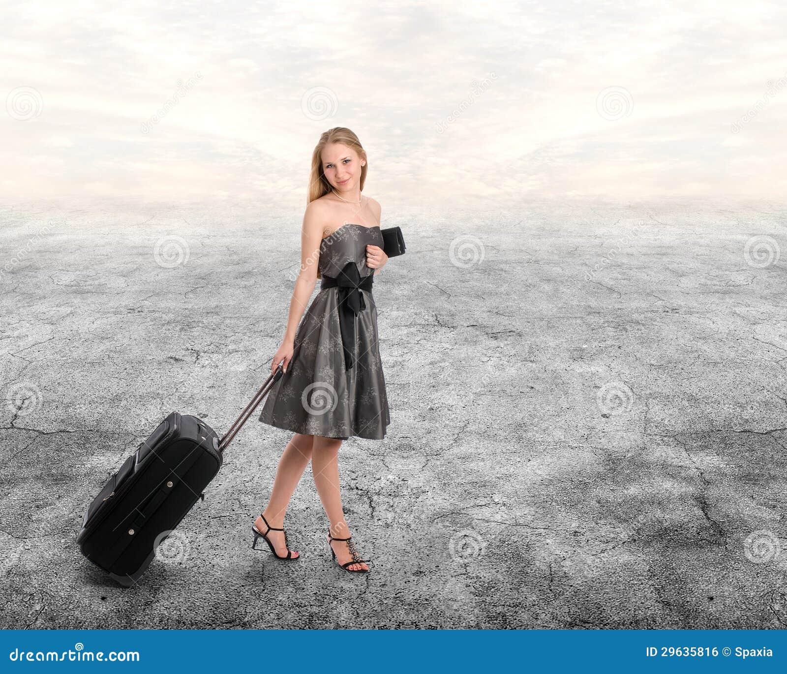 Mulher com bagagem