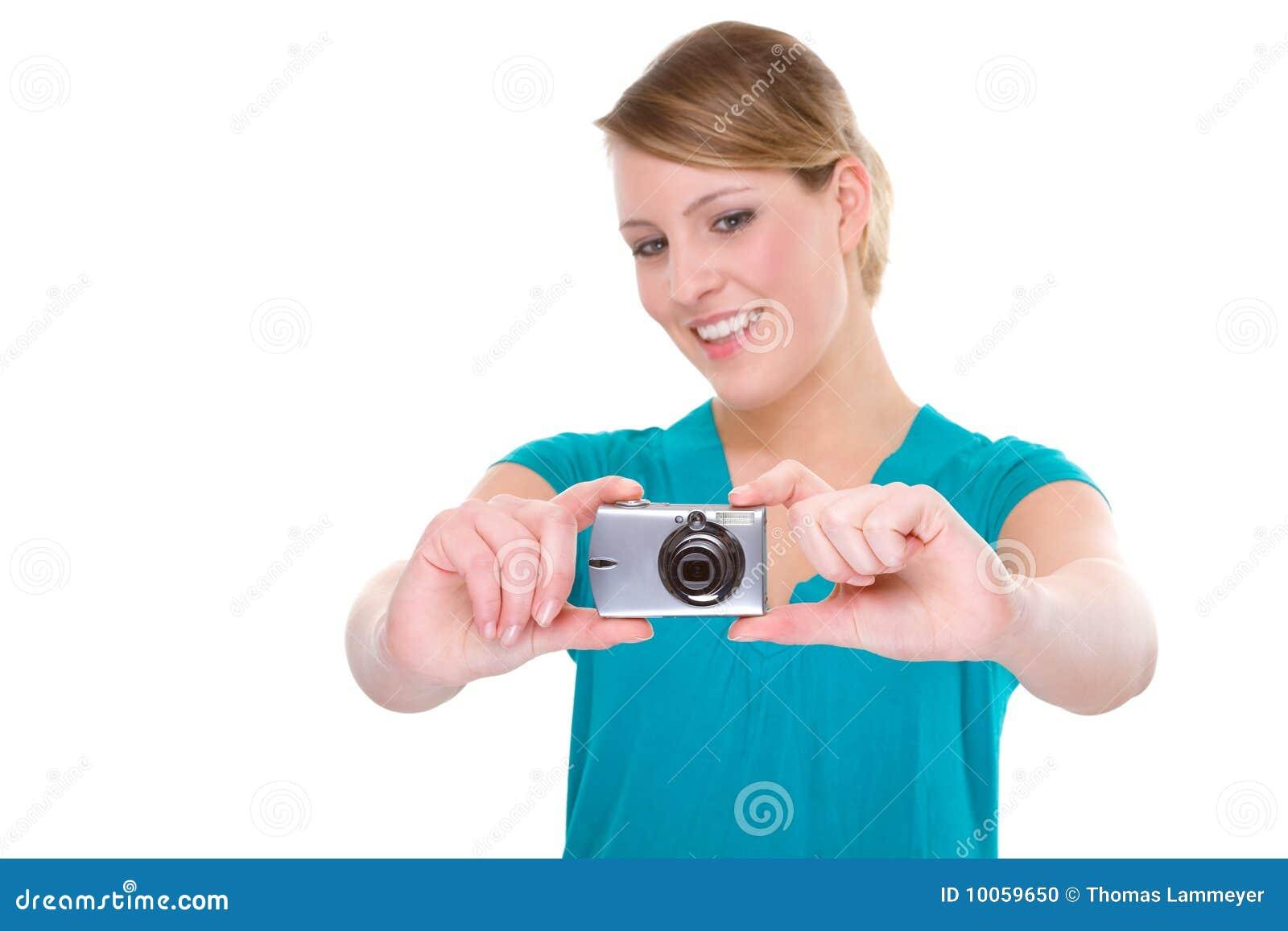 Mulher com câmara digital