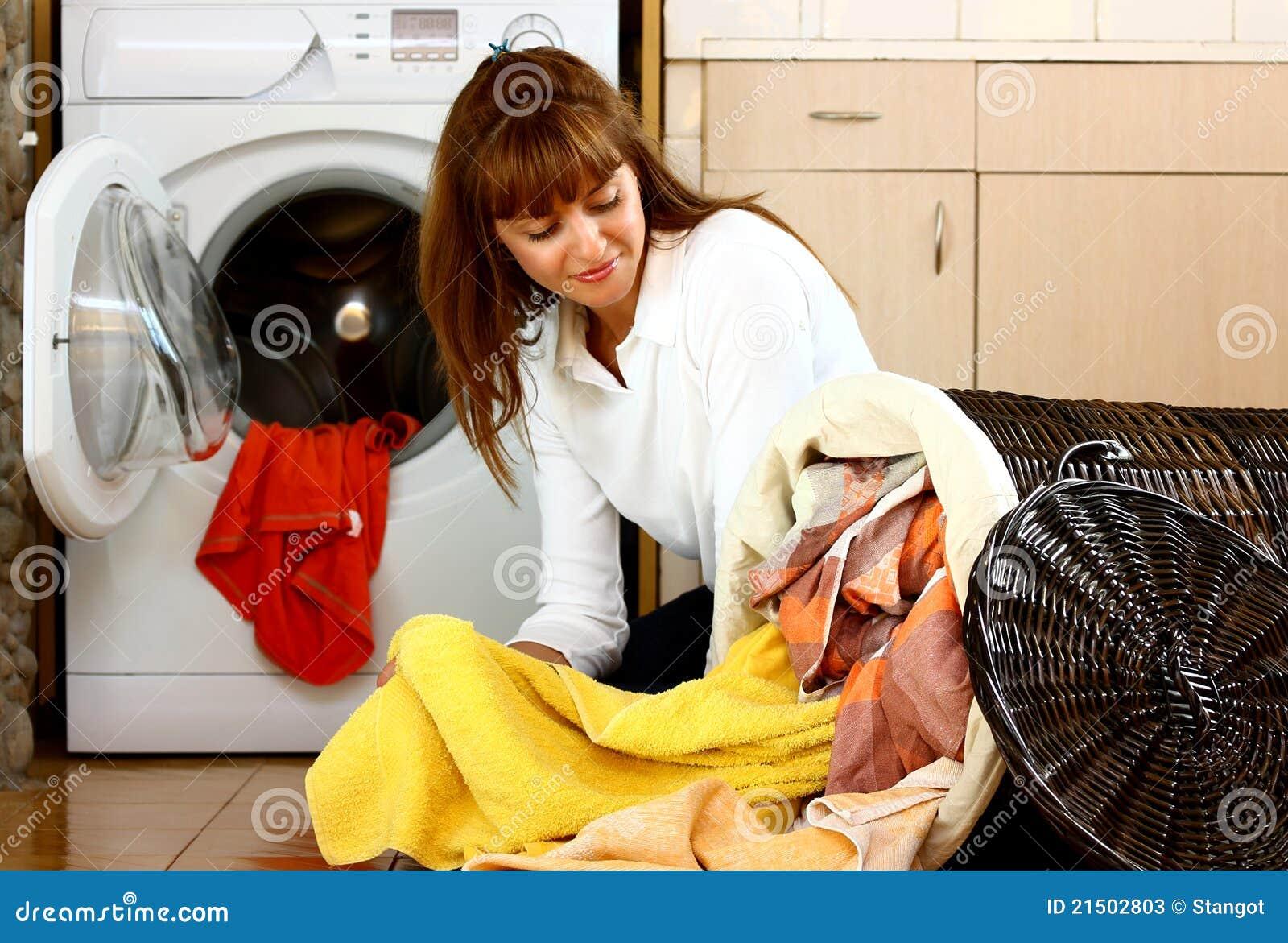 Mulher com lavanderia