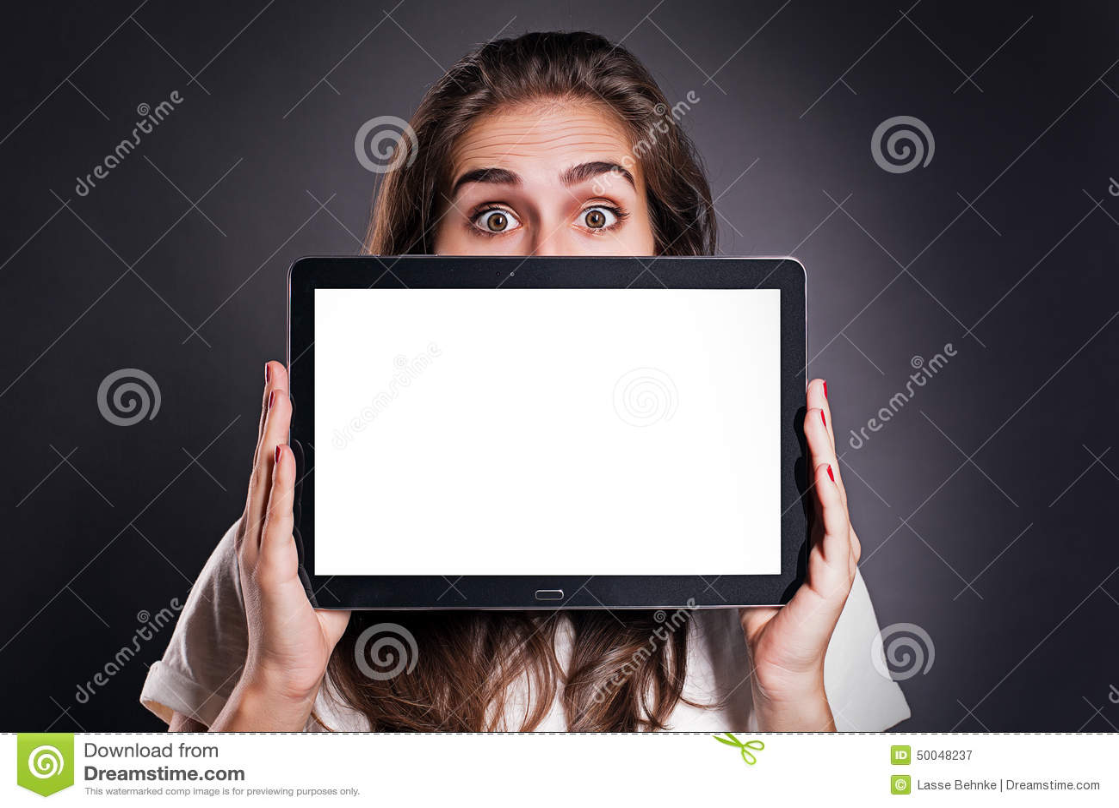 Mulher com PC da tabuleta