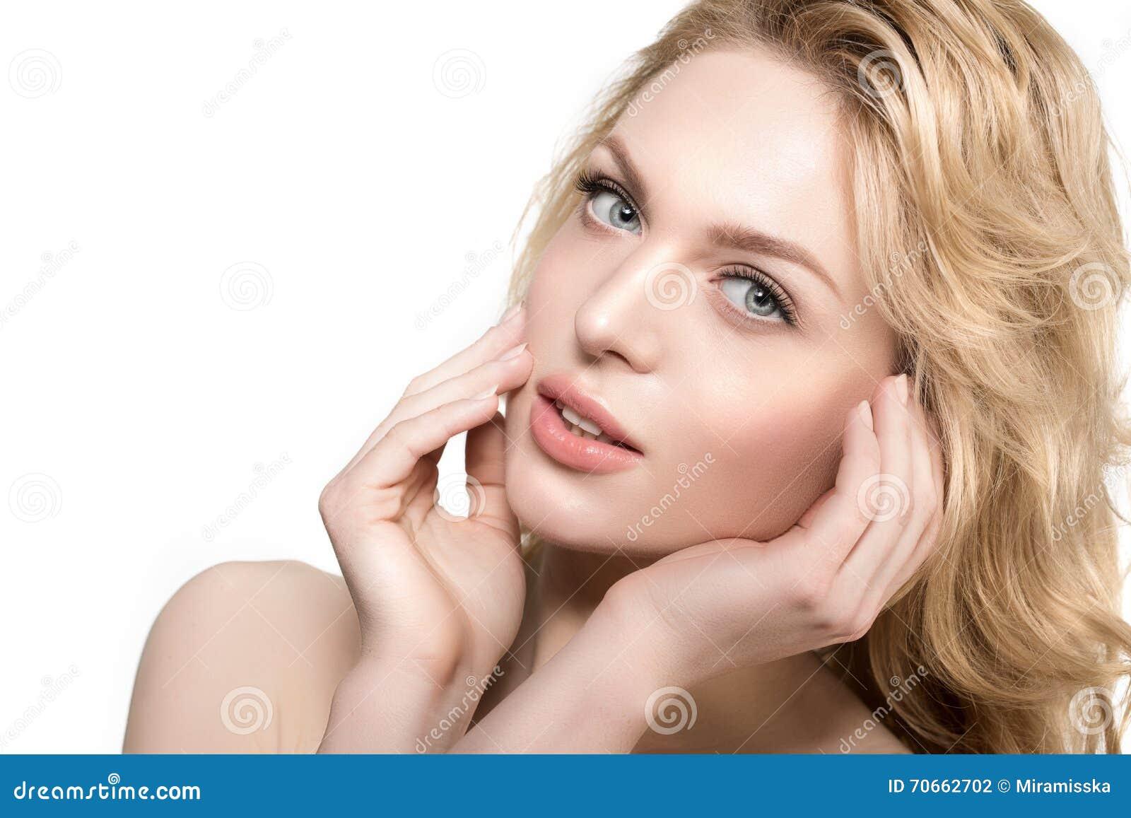 Mulher Da Cara Da Beleza Modelo Saudável Da Menina No ...