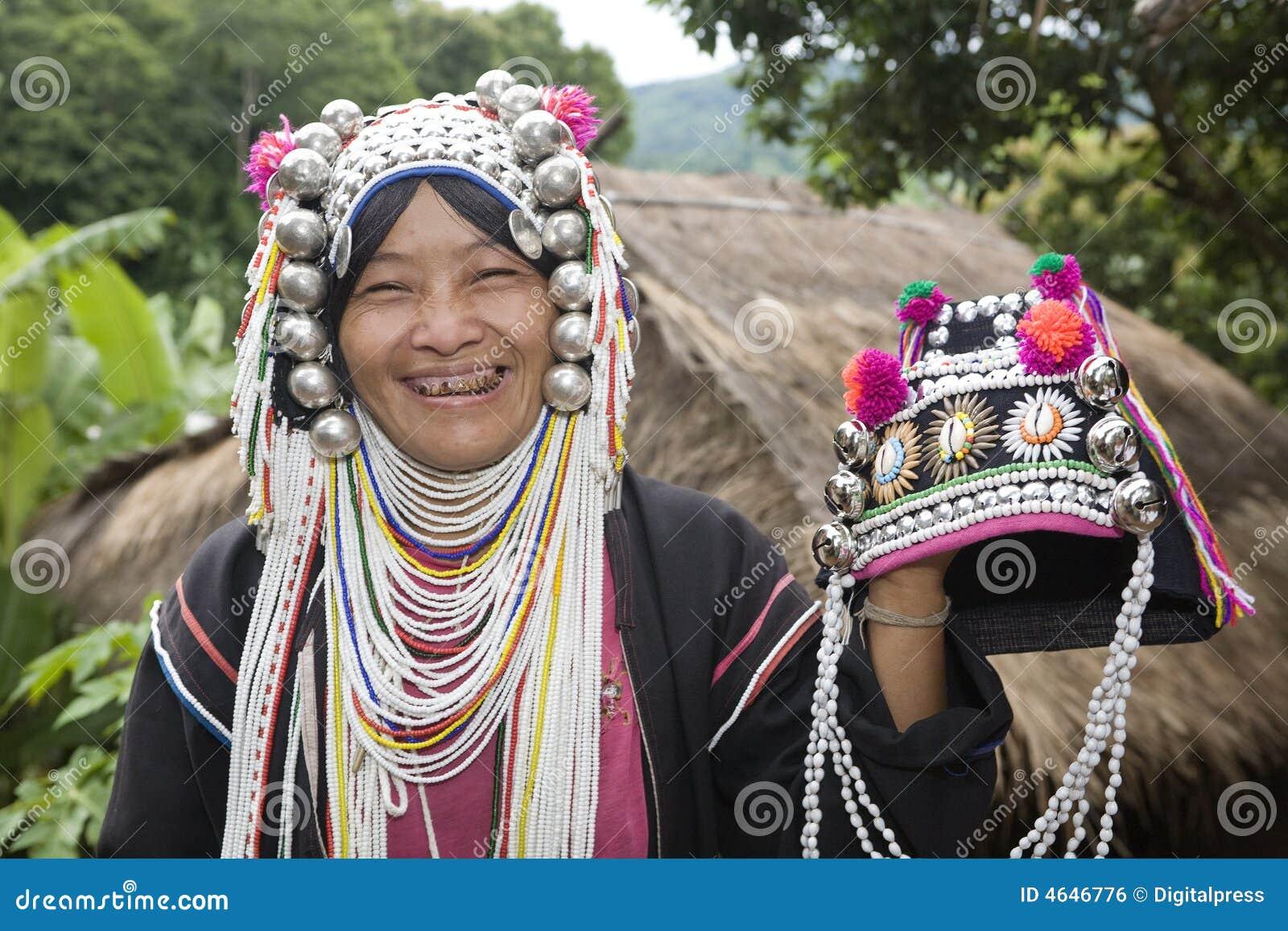 Mulher de Akha em Tailândia do norte