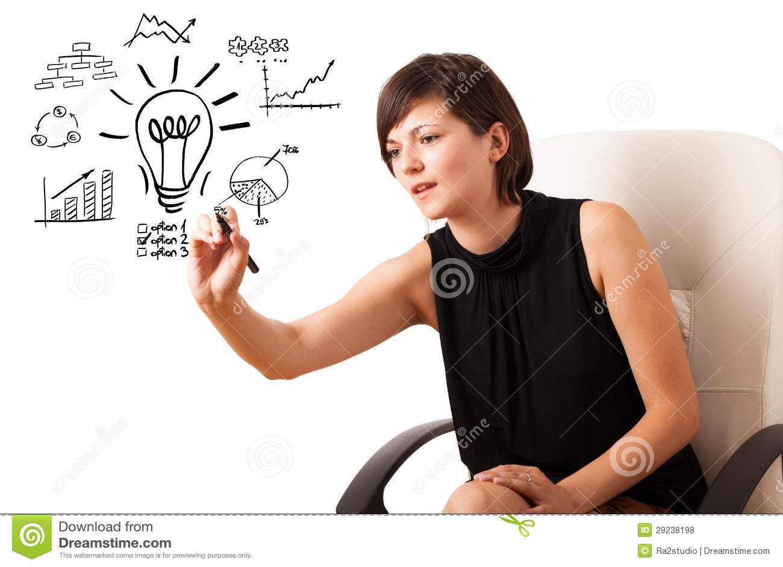 Download Mulher De Negócio Nova Desenhando A Ampola Com Os Vários Diagramas Foto de Stock - Imagem de finanças, senhora: 29238198