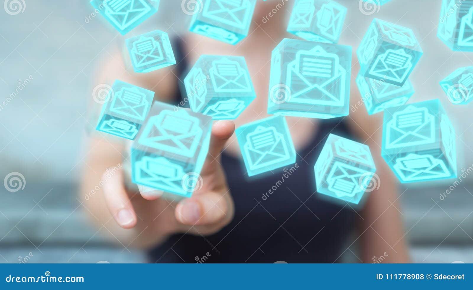 A mulher de negócios que usa o cubo de flutuação envia por correio eletrónico a rendição 3D