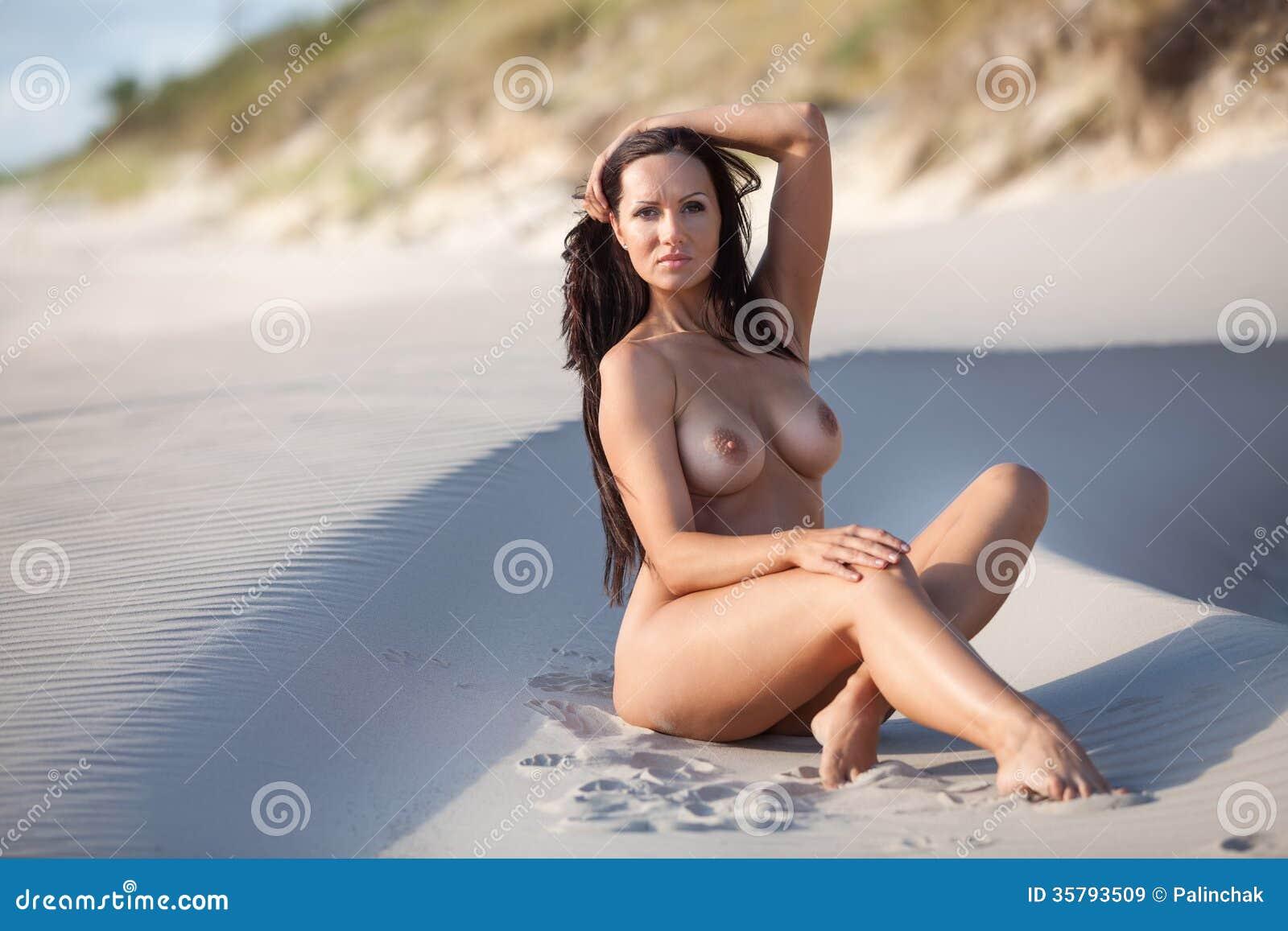 Share Sandy nude pics