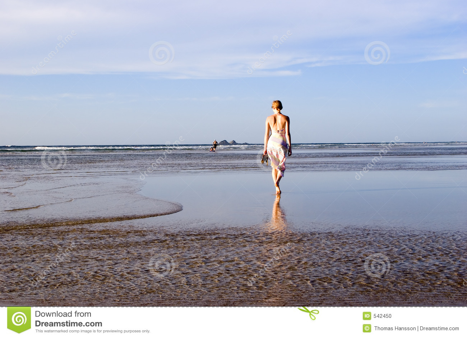 Mulher na praia Austrália 3