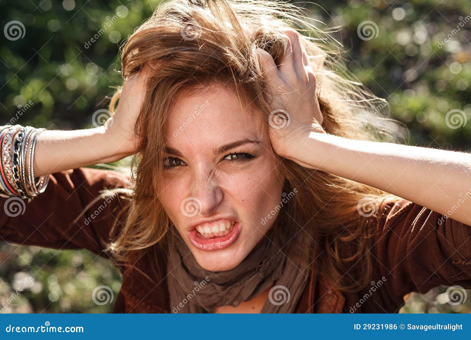 Download Mulher na raiva foto de stock. Imagem de expressão, dedos - 29231986