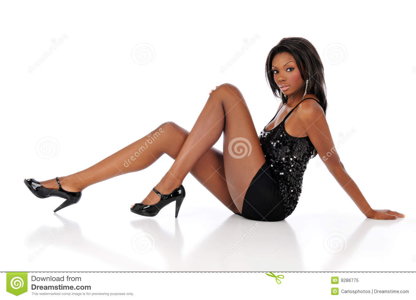 Mulher nova de americano africano