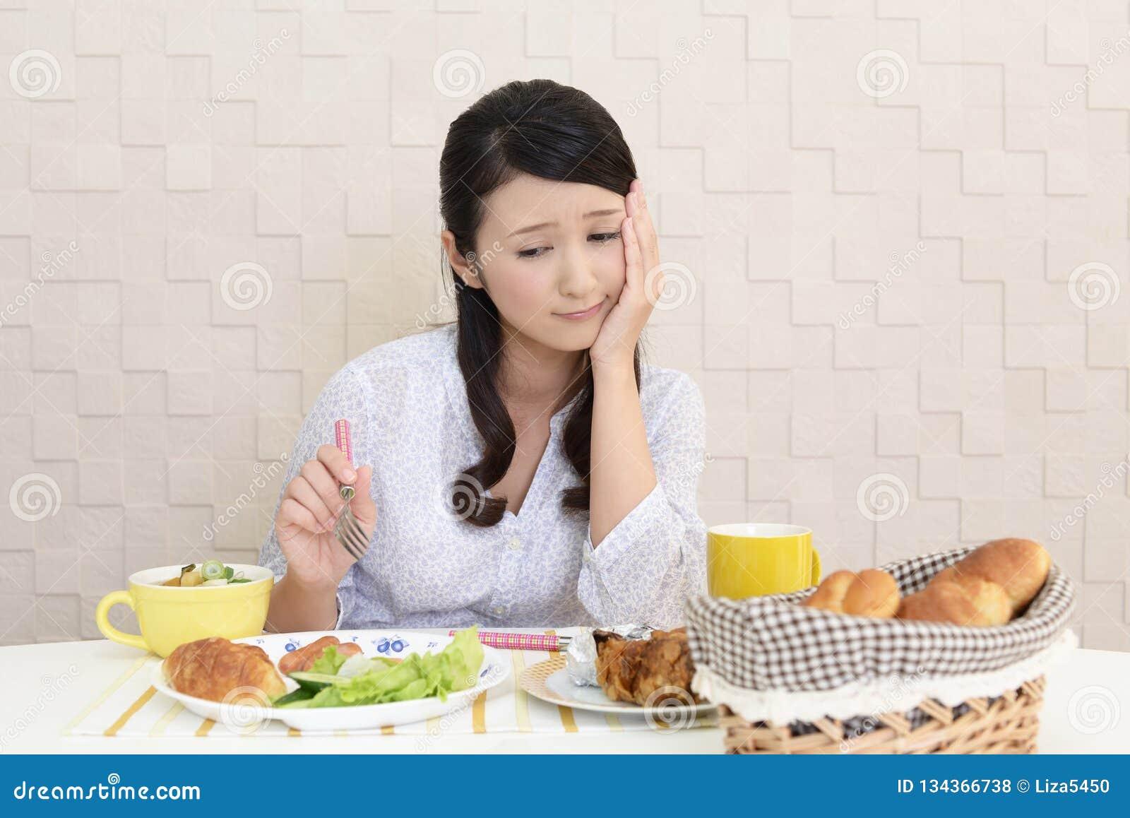 Mulher sem o apetite