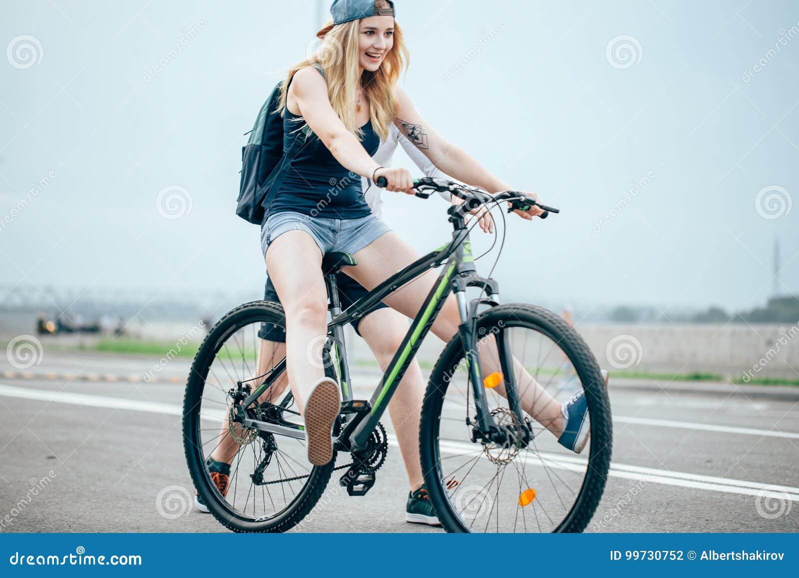 Dating site intre biciclete gratuite Intalnire gratuita Verdun.