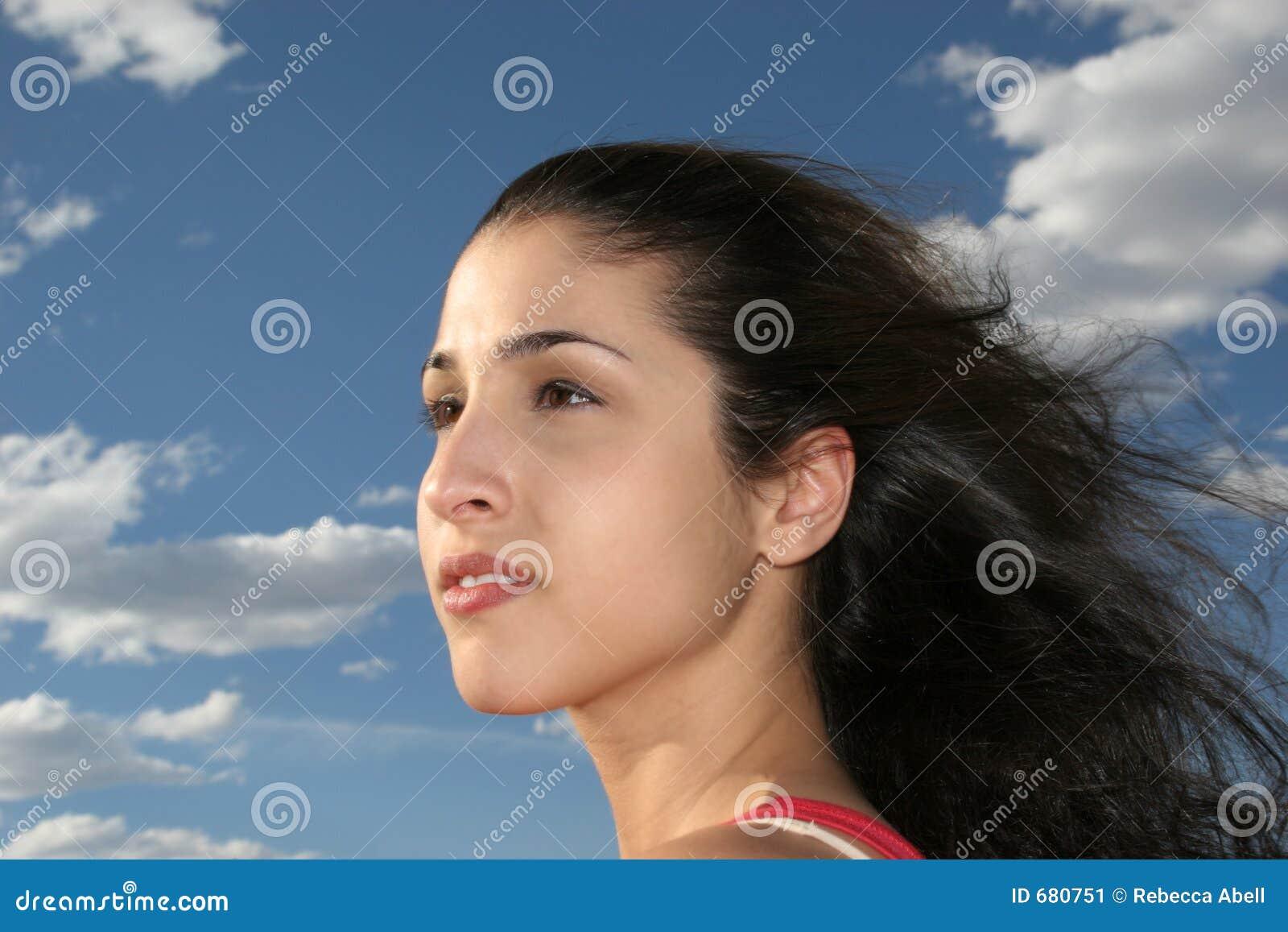 mulher-sonhadora-bonita-grega-680751.jpg