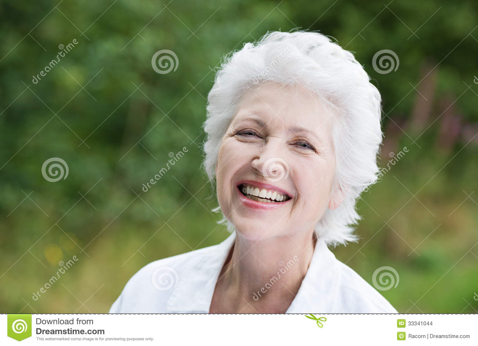 Mulher superior de riso vivo