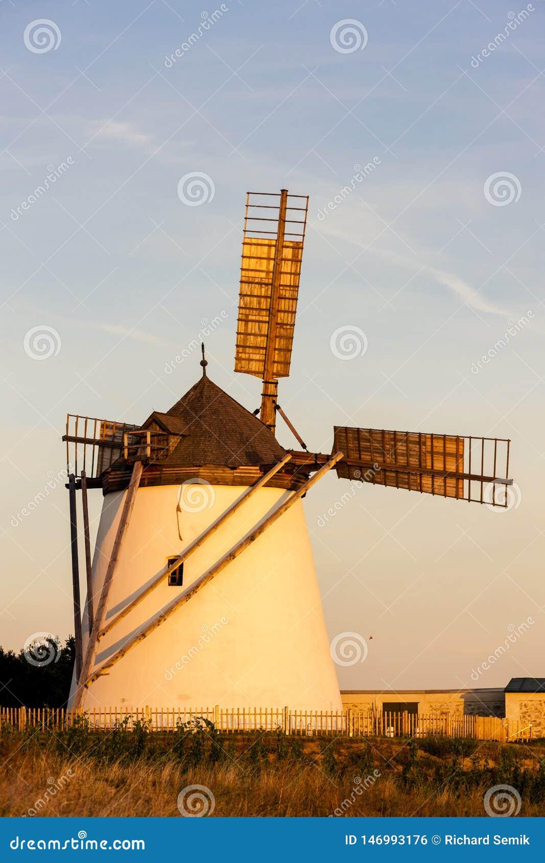Mulino a vento in Retz