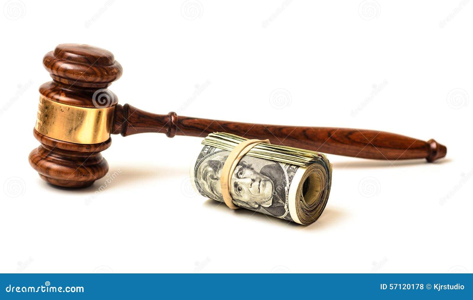 Multas conceptuais do martelo e da corte