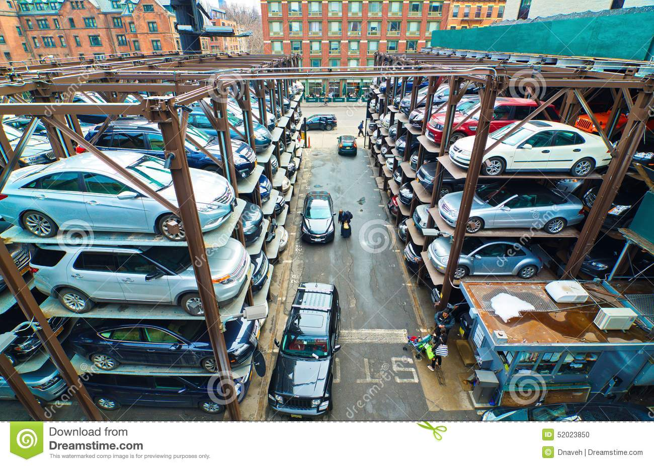 Multi-level Parking Garage In New York City Editorial ...