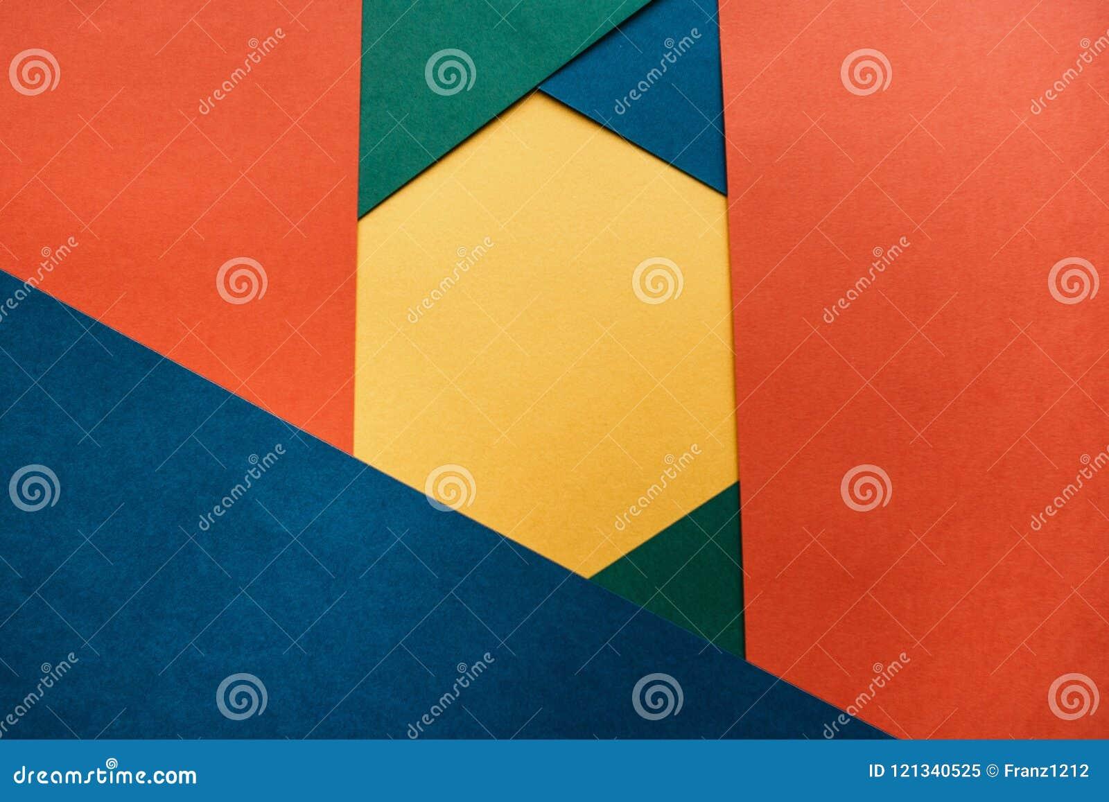Multicolored document die een geometrische vorm met ruimte voor tekst vormen