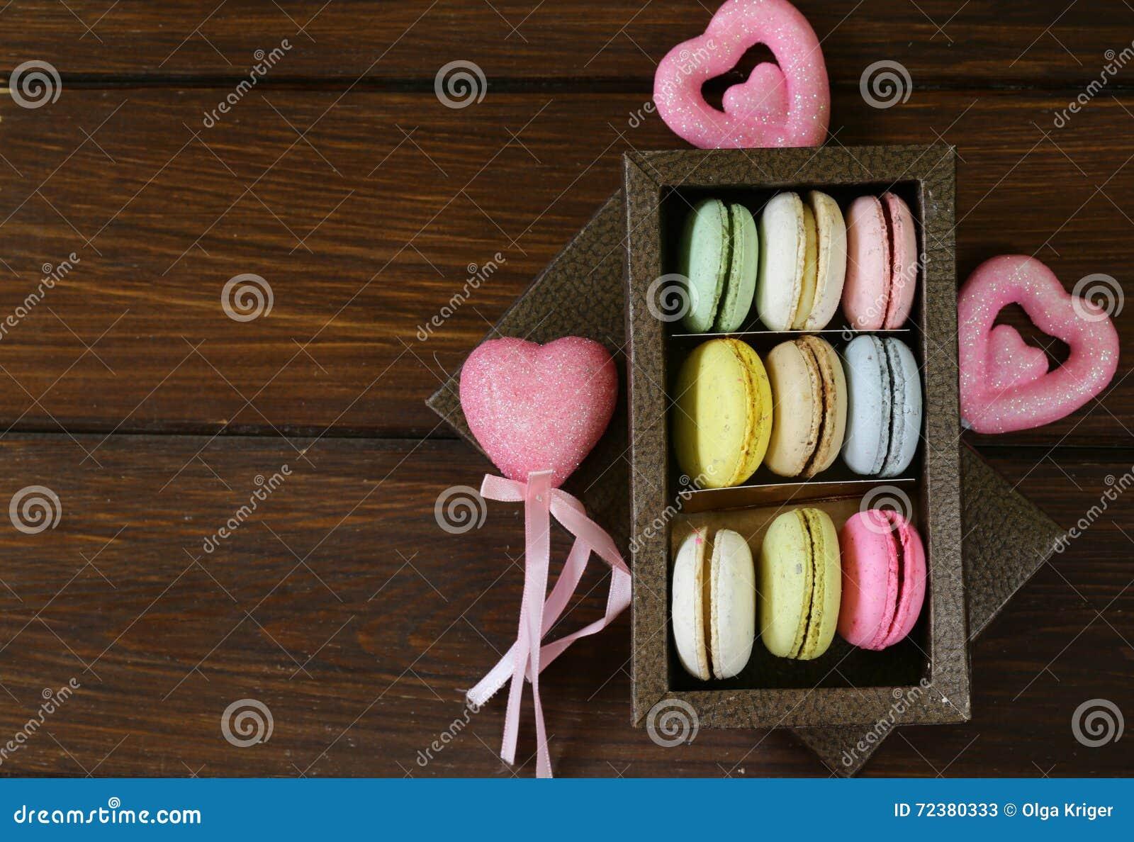 Multicolored Franse makarons van amandelkoekjes