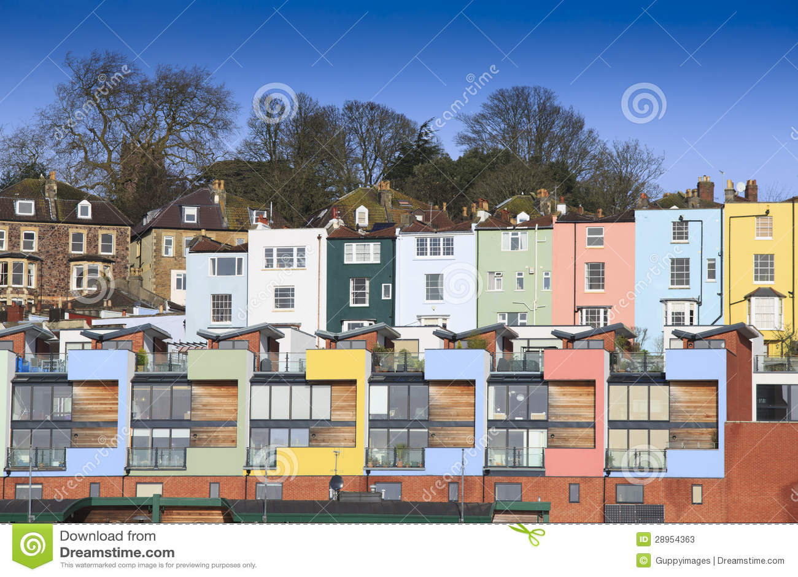 Multicoloured domy w brystolu