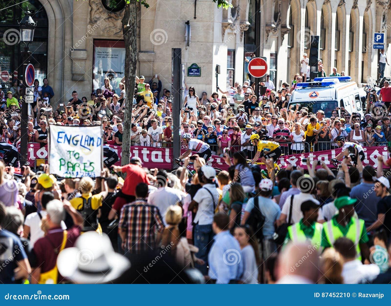 Multidão do Tour de France do Le