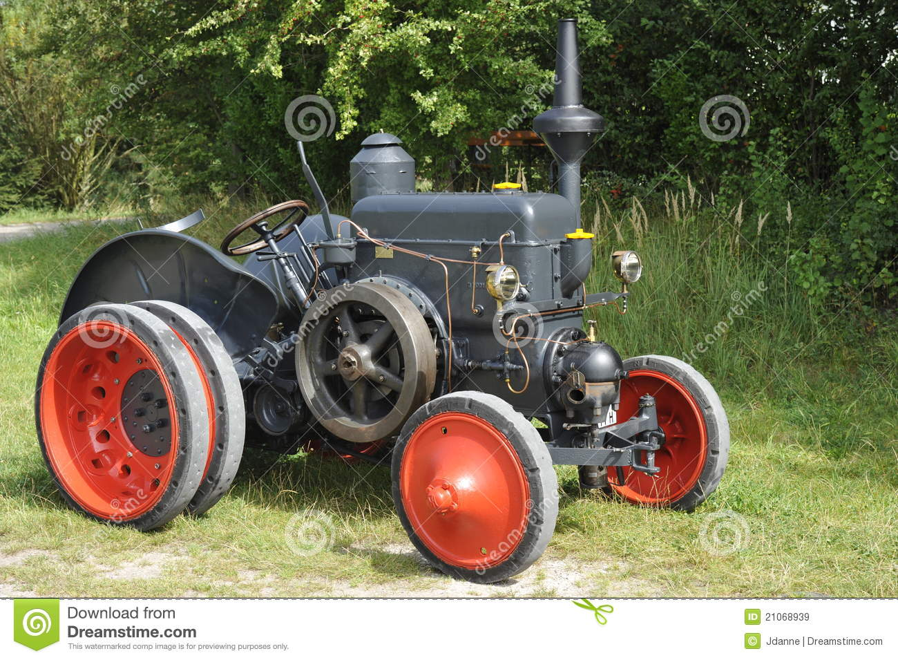 Thread Hydrocarbon Cracking System further 467110 Drycell Wetcell 16 further Royalty Free Stock Images Multifuel Traction Engine Lanz Hr2 Image21068939 furthermore 1b038d051fcacad6e64afc8aee29976c in addition Rouler Autrement. on paul pantone geet engine
