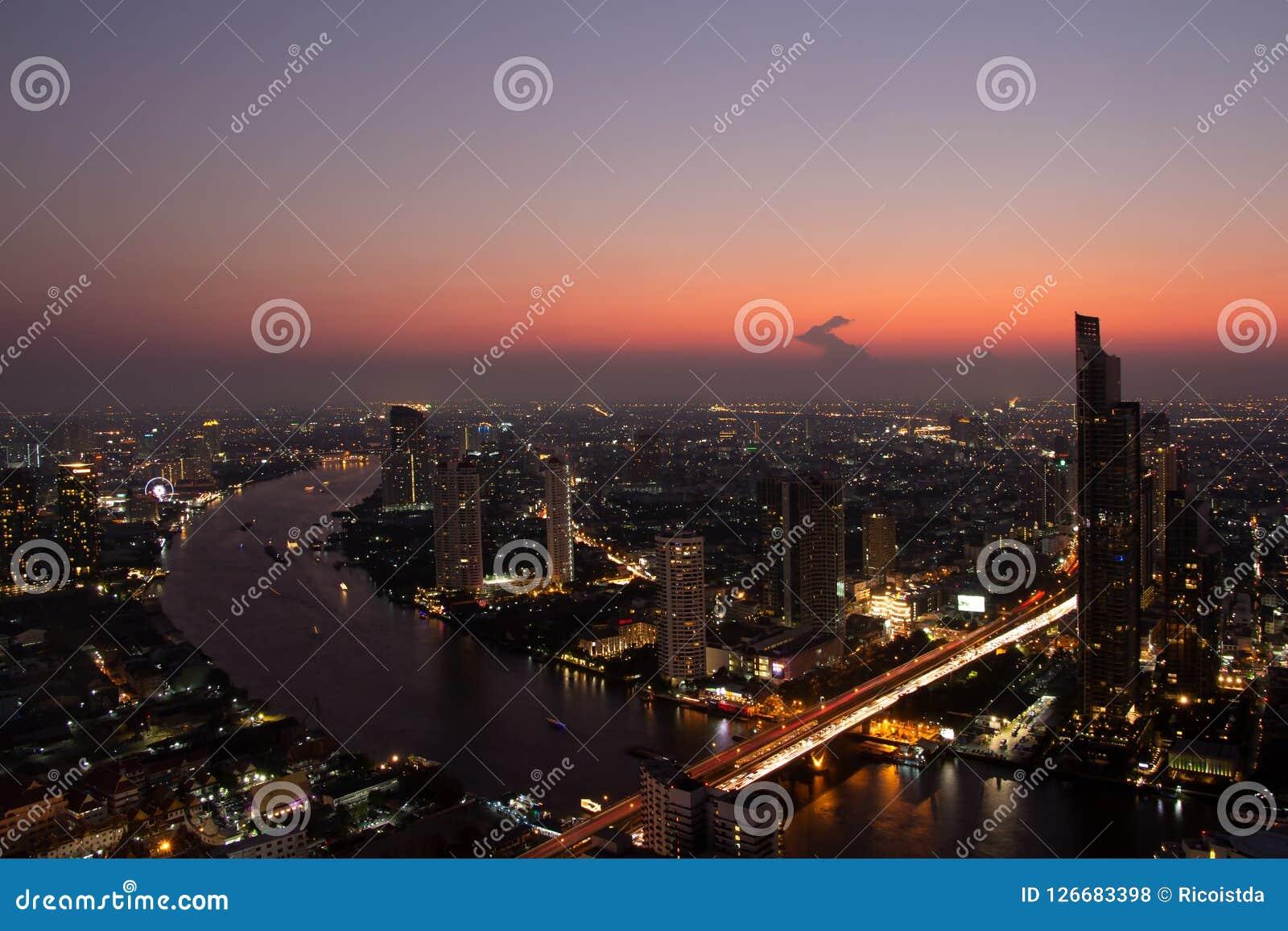 Mumbaistad bij nacht, India